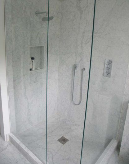 Bianco Carrara Shower