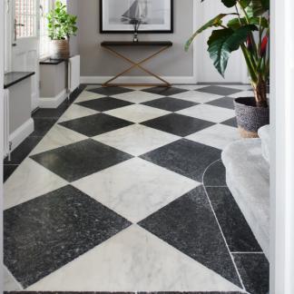 Checker hallway 610x610